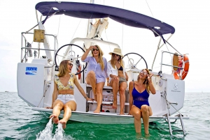 Barcelona: 2-Hour Mediterranean Sailing Tour