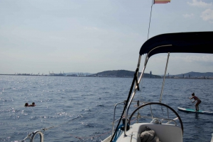 Barcelona: 2-Hour Private Sailing Boat Cruise