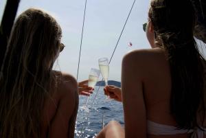 Barcelona: 2-Hour Shared Sailing Boat Tour