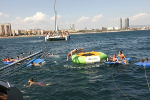 Barcelona: 3-Hour Boat Party Cruise with BBQ