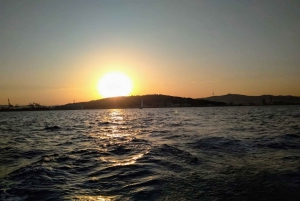 Barcelona 3-Hour Sunset Sailing Experience