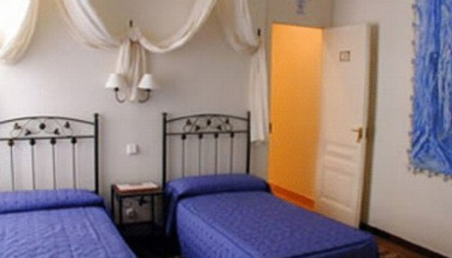 Barcelona Apartment Center Inn