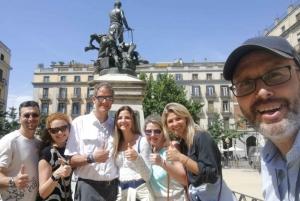 Barcelona Cable Car Sky Views, Magic Fountain & Castle Visit