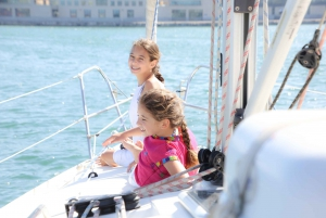 Barcelona: Exclusive 6-Hour Sailing Experience
