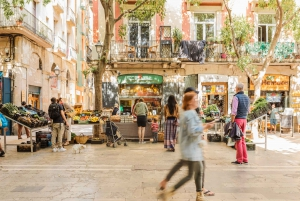 Barcelona: Explore the Gothic Quarter with a Local
