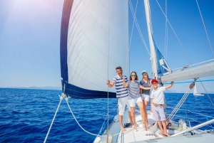 Barcelona: Family Sailing Tour