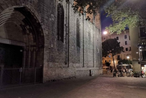 Barcelona: Gothic Quarter Ghost Tour Game