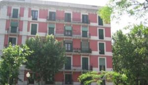 Barcelona Pension Iniesta