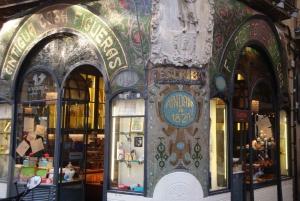 Barcelona: Private Gothic Quarter & Eixample Highlights Tour