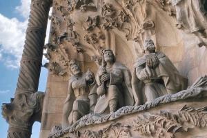 Barcelona: Private Guided Evening Tour of Sagrada Familia