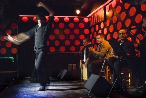 Barcelona: Tapas and Flamenco Experience