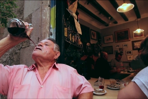 Barcelona: Tapas and Wine Small Group Walking Tour