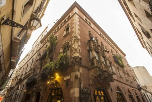 """Barcelona: """"The Shadow of the Wind"""" Literary Walking Tour"""