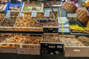 Barcelona: Traditional Catalan Food Discovery Tour