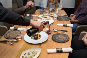 Barcelona: Wine and Tapas Tour for Lovers of Spanish Food