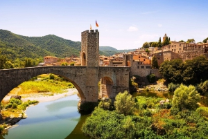 Besalú & Medieval Towns Tour with Hotel Pickup