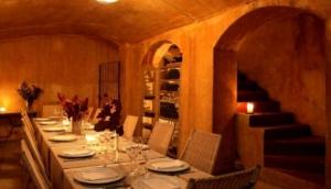 Biblioteca Gourmande Classic Bistro & Restaurant