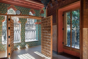 Casa Vicens: Skip-the-Ticket-Line Entrance and Appetizer