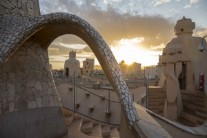 Early Access La Pedrera Small Group Tour