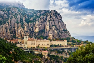 Early Access to Montserrat Monastery with Guided Tour