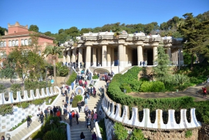Full-Day Historical and Gaudí Highlights Tour