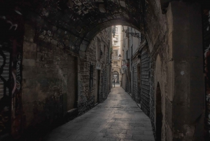 Gothic Quarter Ghost Tour Game