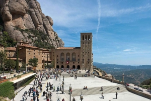 Montserrat: Morning or Afternoon Half-Day Trip with Pickup