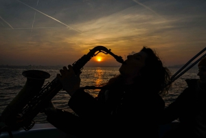Live Music and Sailing Experience from Ṕort Vell