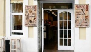 Passeig 9 Restaurant in Barcelona