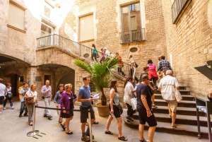 Picasso Walking Tour & Picasso Museum of Barcelona