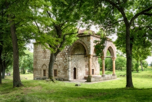 From Belgrade: Full-Day Guided Tour to Nis & Devil's Town