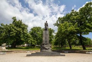 From Belgrade: Full-Day Topola, Oplenac, & Avala Tower Tour
