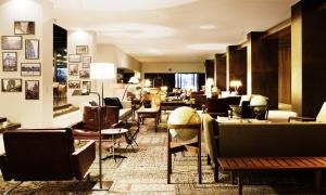 Square Nine Hotel