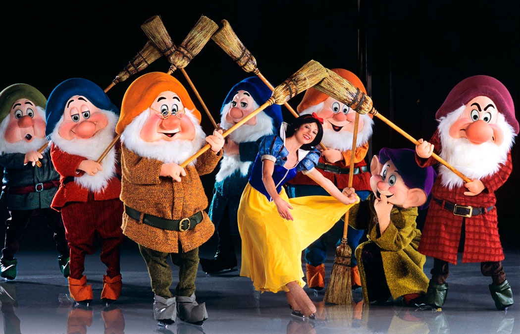 Snow White and the Seven Dwarfs on ice