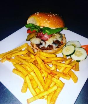 Ochuna Restaurant & Lounge