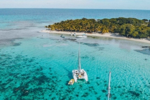 Placencia: Laughing Bird Caye Premium Sailing & Snorkeling