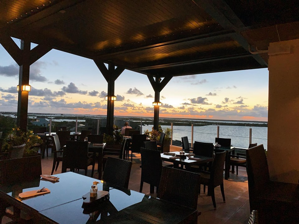 Best caribbean restaurant in Belize
