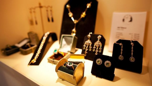 RHEINFRANK Antique and Vintage Jewellery