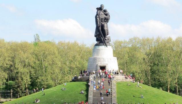 Soviet War Memorial - Treptower Park