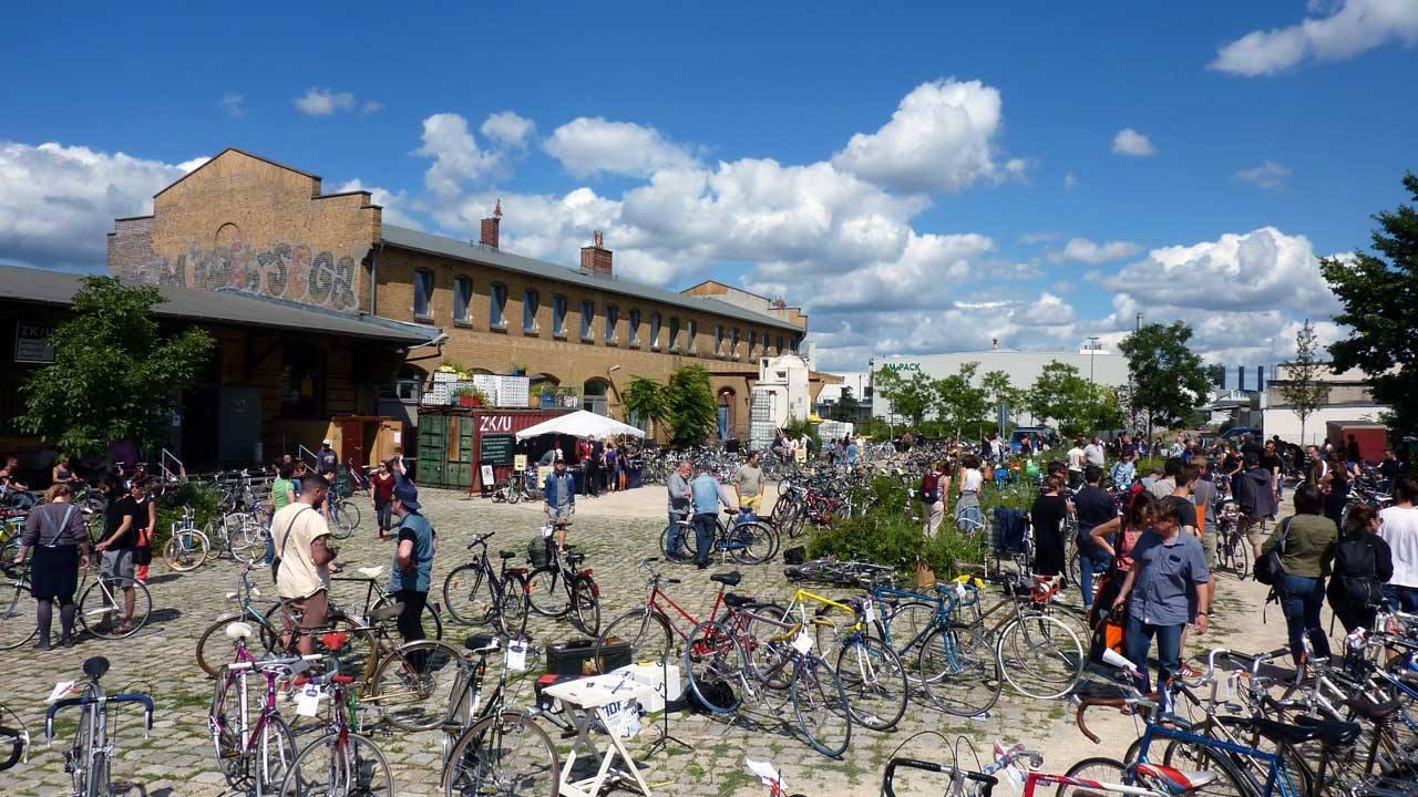Fahrradmarkt Moabit Saisoneröffnung / Bicycle Market Moabit