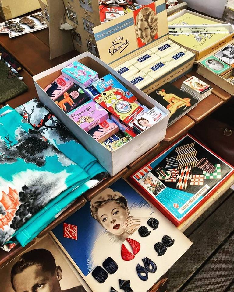 Old Fleas Vintage Market #23