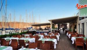 Vespa Cafe & Restaurant