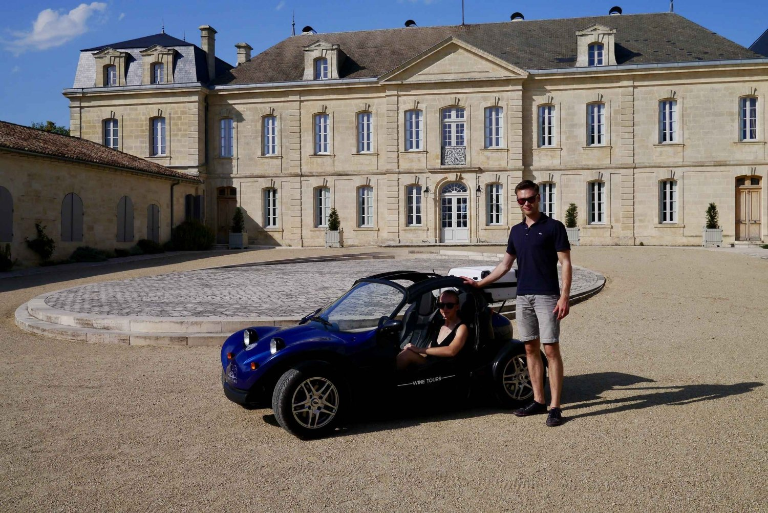 Full-Day Self-Guided Buggy Tour to Saint-Emilion
