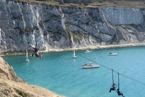 From Brighton: Isle of Wight Full-Day Trip via Portsmouth