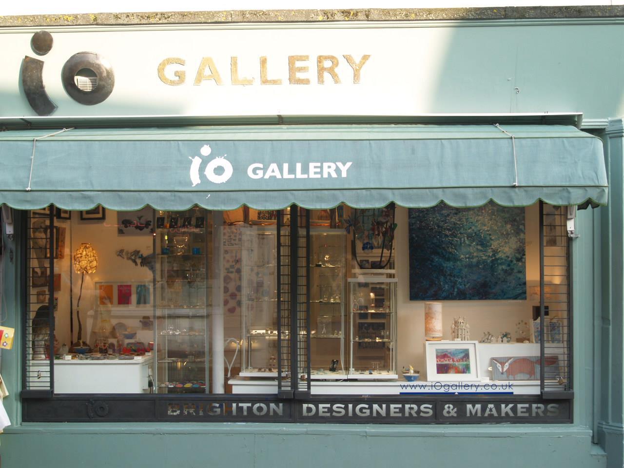 iO Gallery