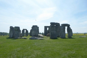 From Stonehenge and Bath Private Day Tour