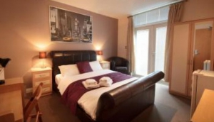 Hotel 24 Seven Bristol