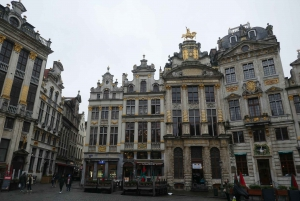 Brussels: Capital of Beer Exploration Game & Old Town Tour