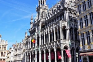 Brussels: Express Tour with Belgian Lunch, Chocolate, & Beer
