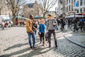 Brussels: Private Beers, Bars, and Live Music Tour by Night